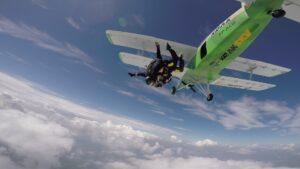 skoki na spadochronie kraków 181