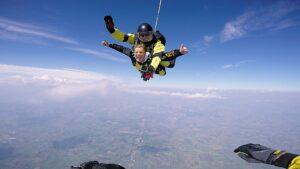 skoki na spadochronie kraków 184
