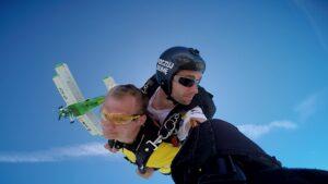 skoki na spadochronie kraków 81