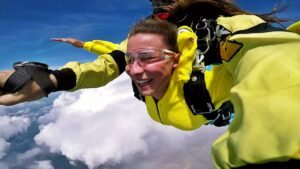 skoki na spadochronie kraków 72