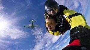 skoki na spadochronie kraków 186