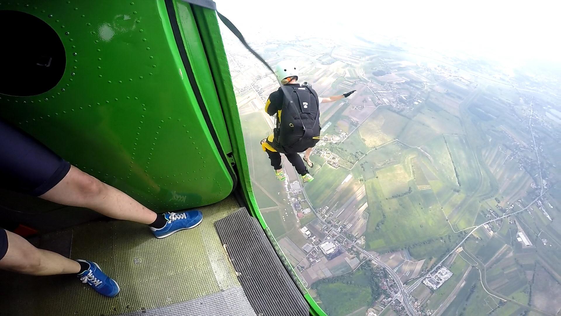 skoki na spadochronie kraków 201