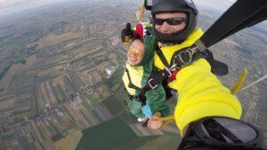 skoki na spadochronie kraków 164