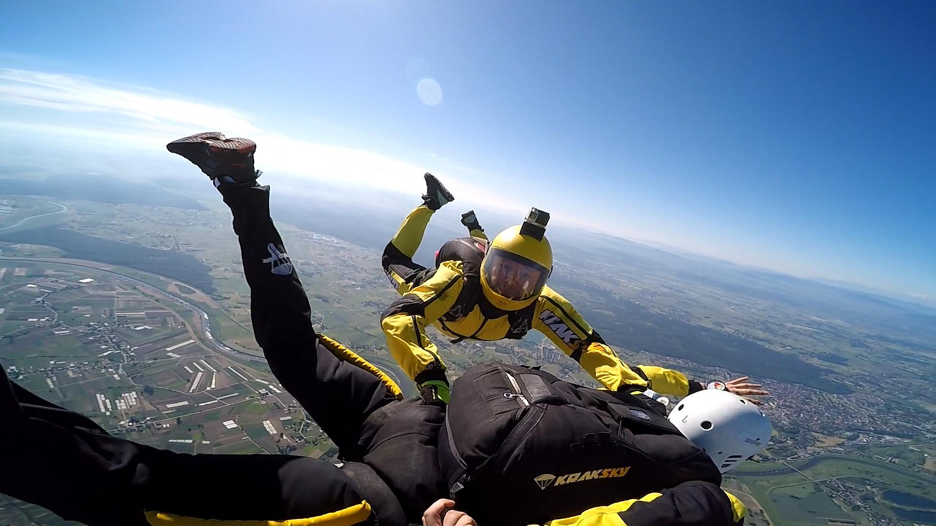 skoki na spadochronie kraków 216