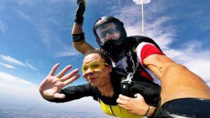 skoki na spadochronie kraków 192