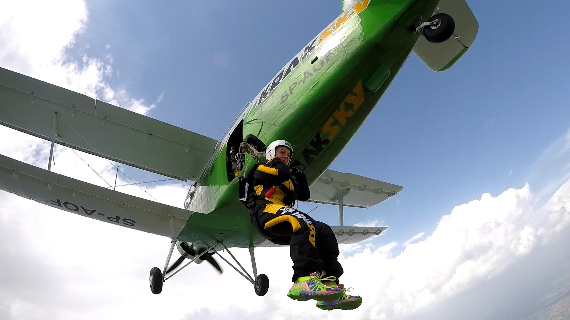 skoki na spadochronie kraków fgf1