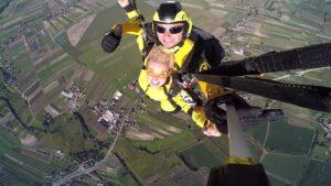 skoki na spadochronie kraków 174