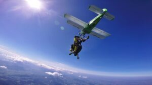 skoki spadochronowe kraków kraksy 33