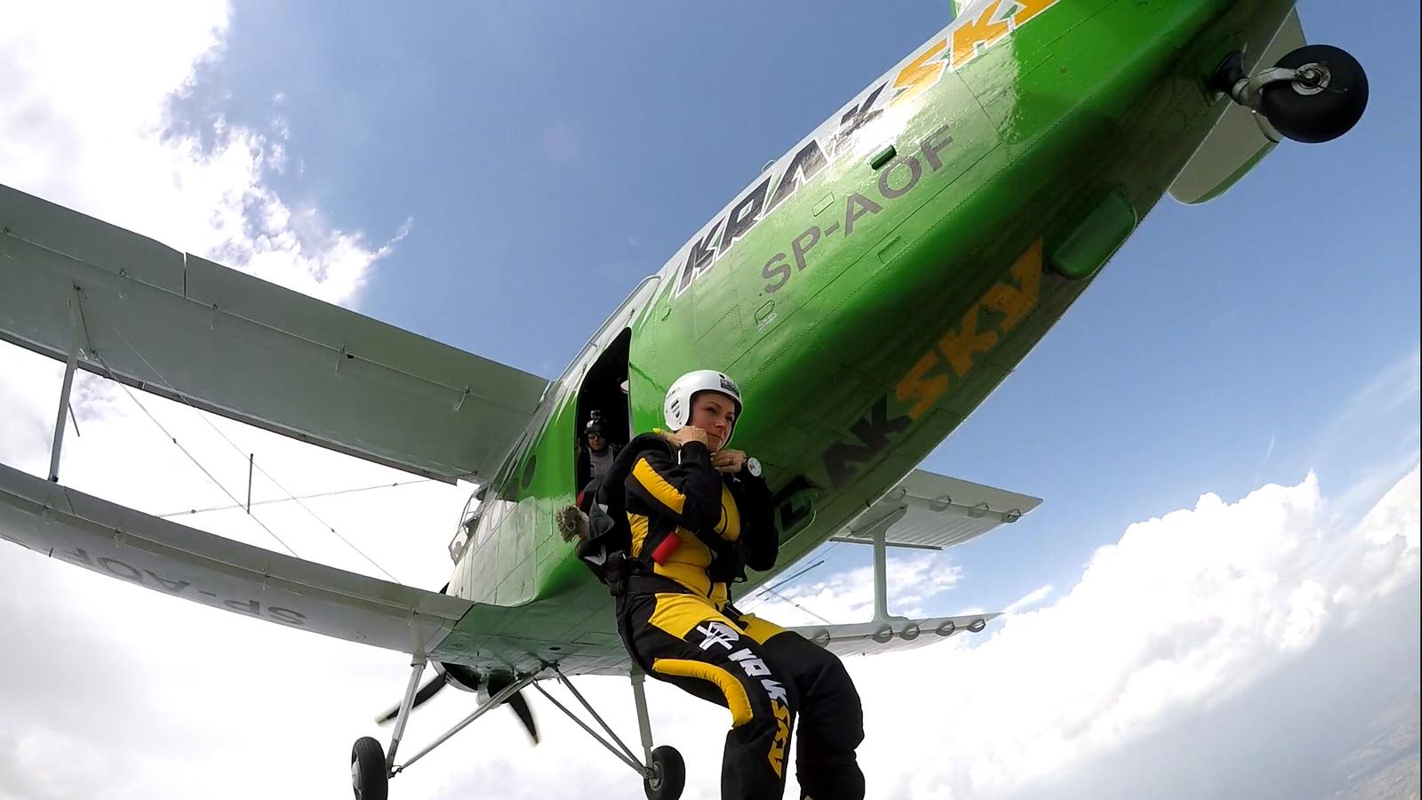 skoki na spadochronie kraków 200