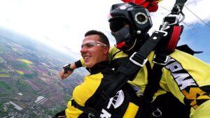 skoki spadochronowe kraków kraksy 66