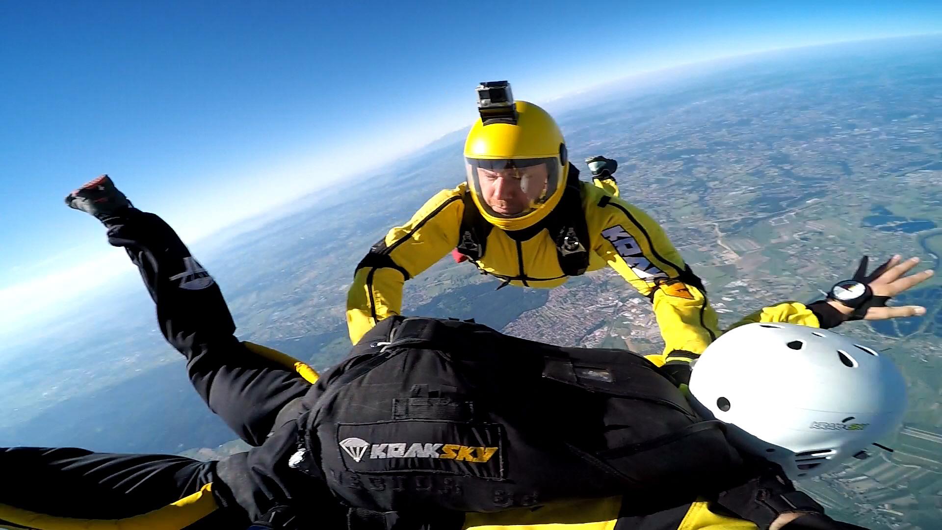 skoki na spadochronie kraków 215