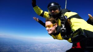 skoki spadochronowe kraków kraksy 24