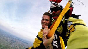 skoki spadochronowe kraków kraksy 44