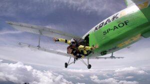 skoki na spadochronie kraków 94