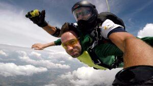 skoki na spadochronie kraków 93