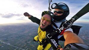 skoki na spadochronie kraków 190