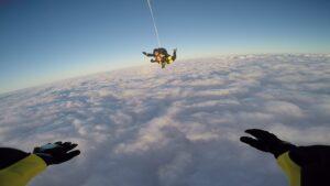 skoki na spadochronie kraków 173