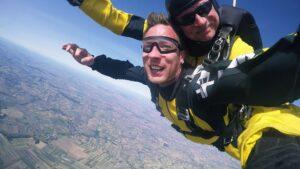 skoki spadochronowe kraków kraksy 64