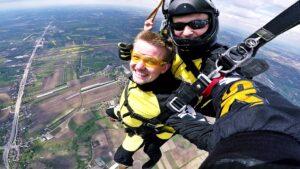 skoki spadochronowe kraków kraksy 69