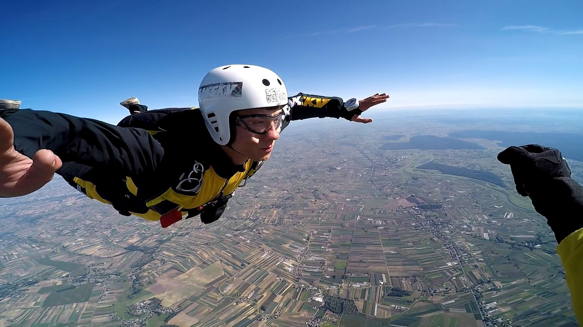 skoki na spadochronie kraków 211