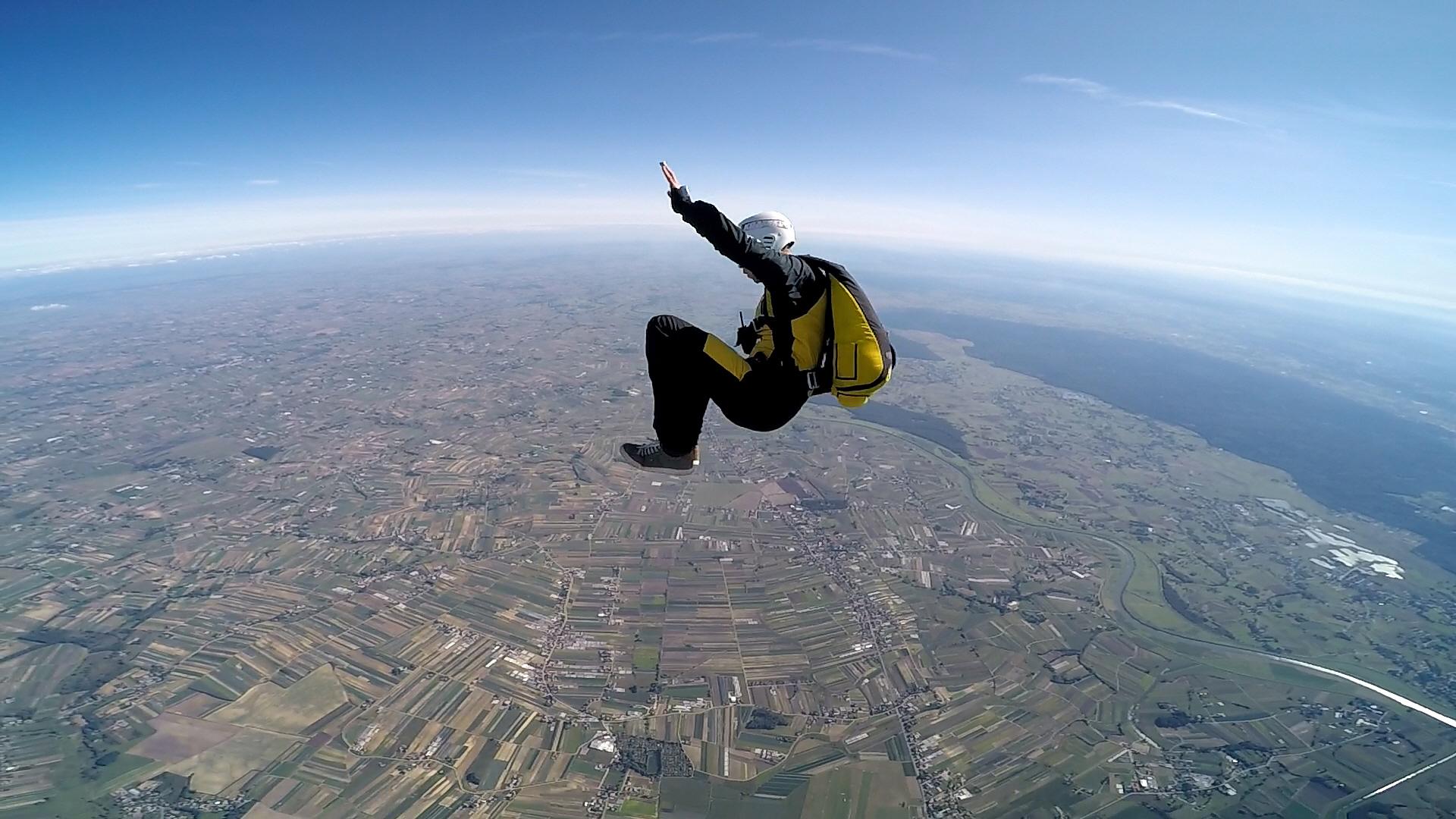 skoki na spadochronie kraków 210