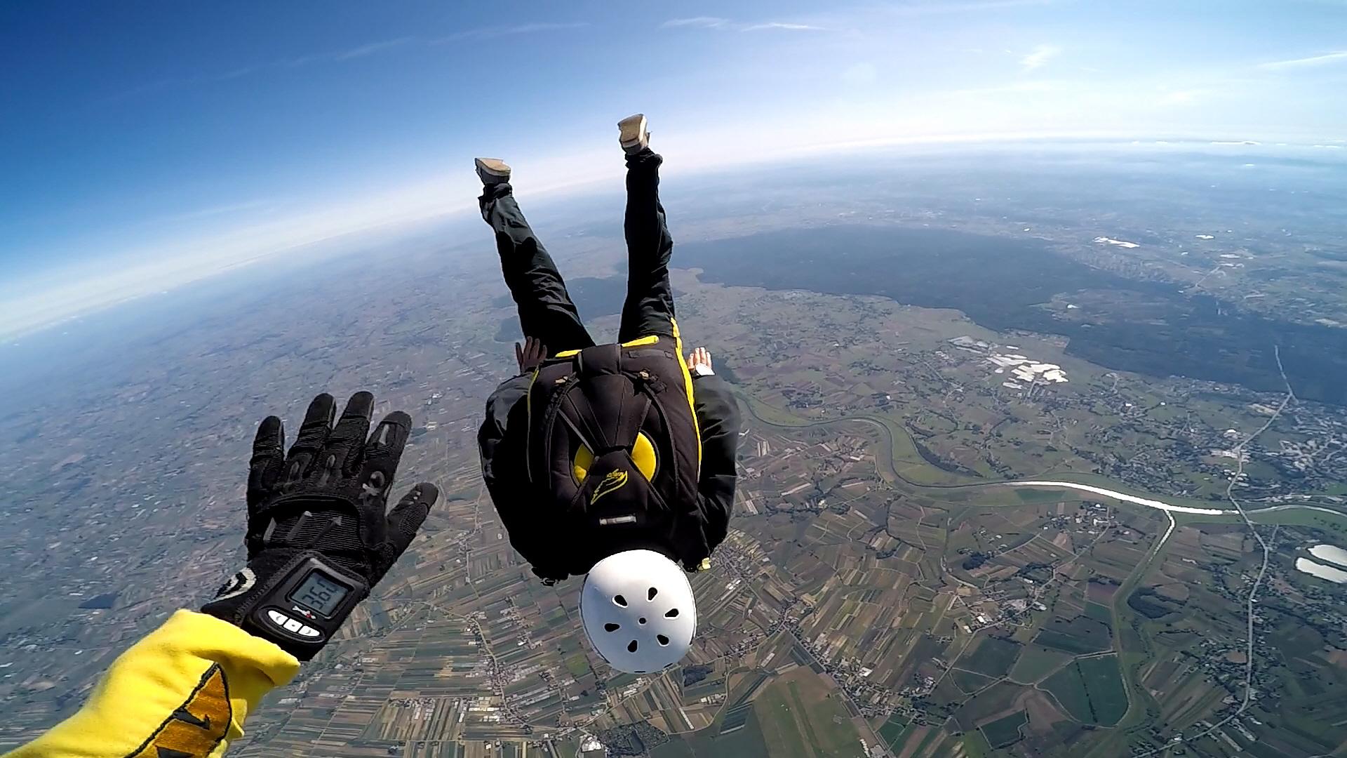 skoki na spadochronie kraków 209