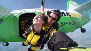 skoki na spadochronie kraków 161