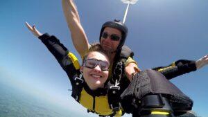 skoki na spadochronie kraków 150