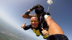 skoki na spadochronie kraków 151