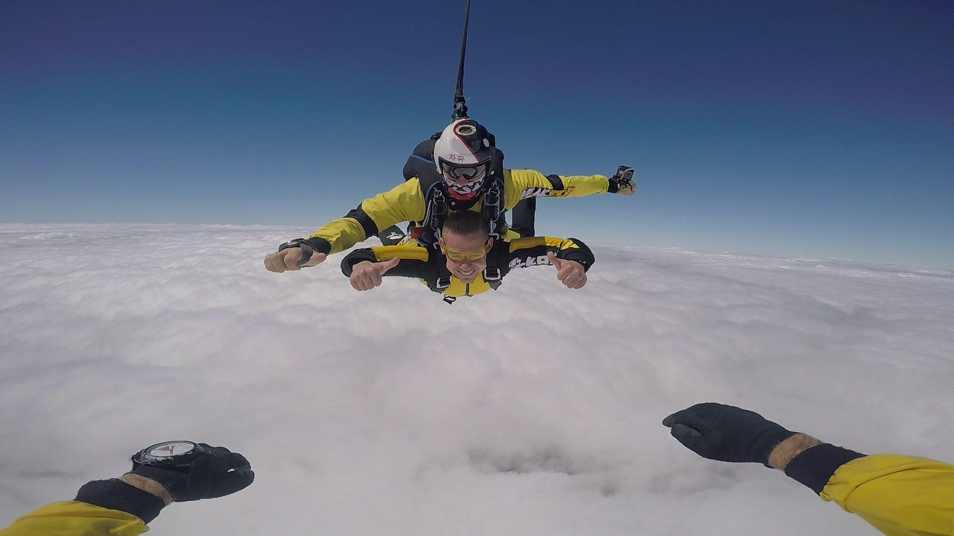 skoki na spadochronie tandem kraków 656