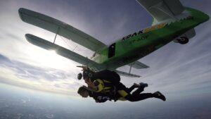 skoki na spadochronie kraków 120