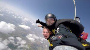 skoki na spadochronie kraków 122