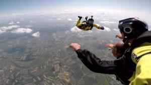 skoki na spadochronie kraków 123