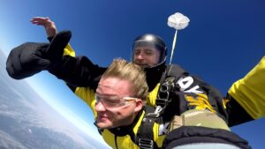 skoki na spadochronie kraków 126