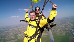 skoki na spadochronie kraków 131