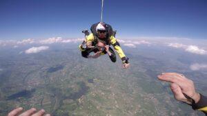 skoki na spadochronie kraków 136