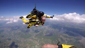 skoki na spadochronie kraków 137