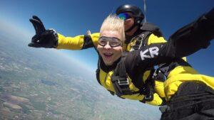 skoki na spadochronie kraków 144