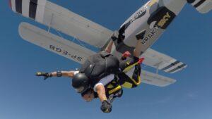 skoki na spadochronie kraków 145
