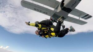 skoki na spadochronie kraków 147