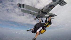 skoki na spadochronie kraków 152