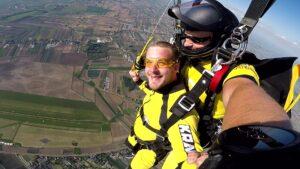 skoki na spadochronie kraków 76
