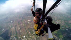 skoki na spadochronie kraków 74