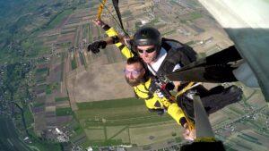 skoki na spadochronie kraków 79