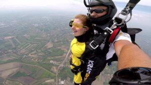 skoki na spadochronie kraków 82