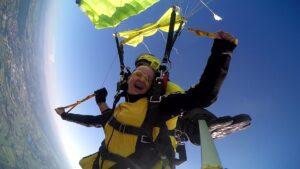 skoki na spadochronie kraków 100
