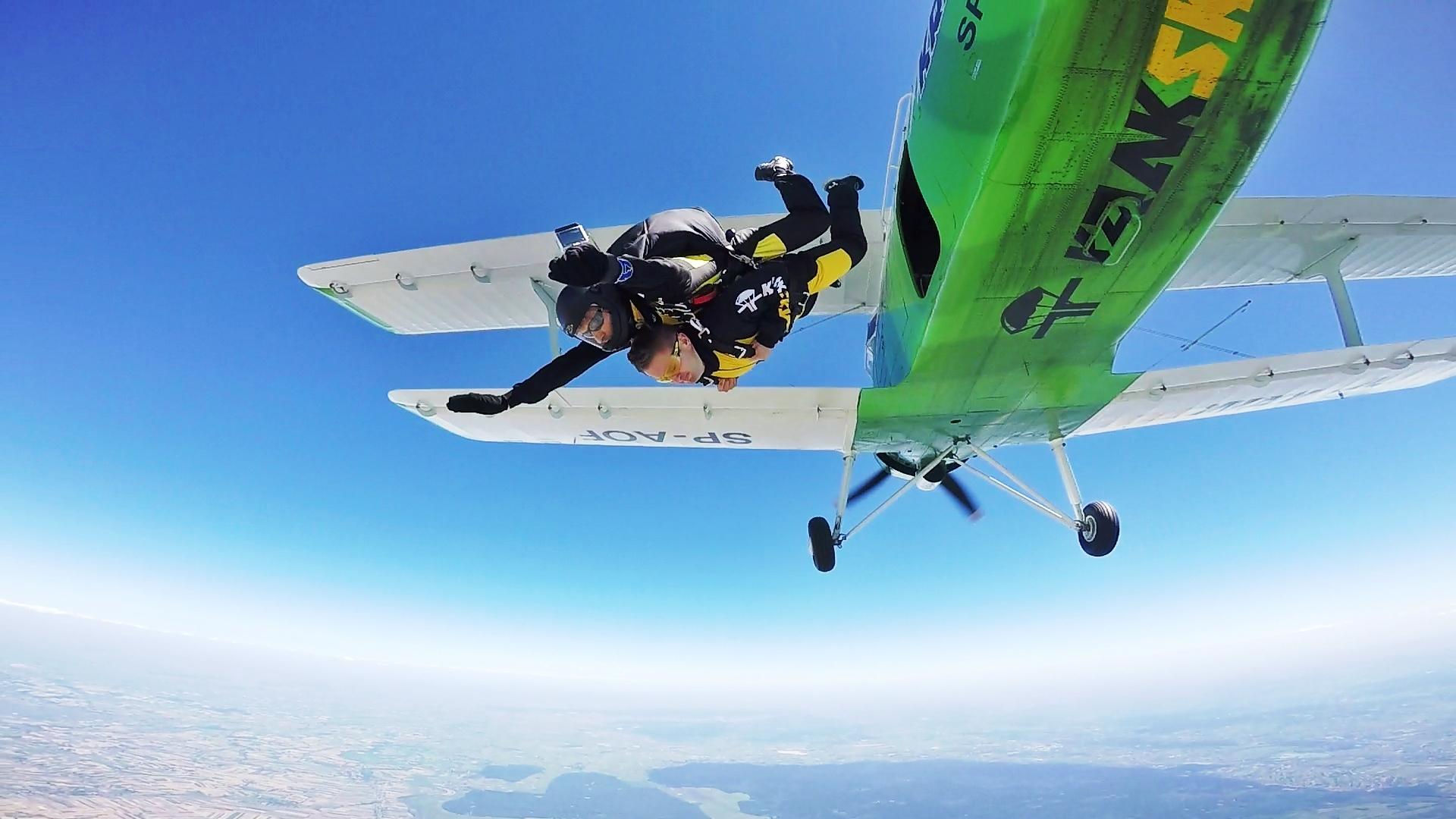 skoki spadochronowe kraków kraksy 14